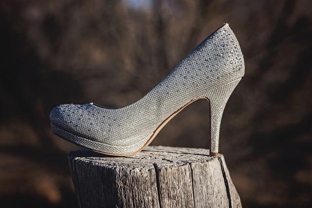 bota na pařezu