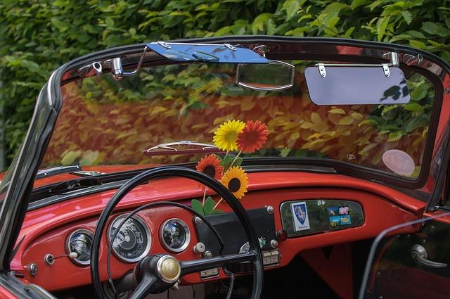 červený kabriolet