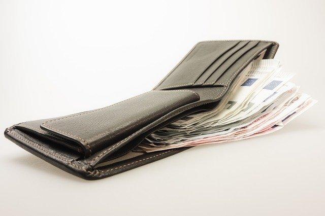 otevřená peněženka.jpg