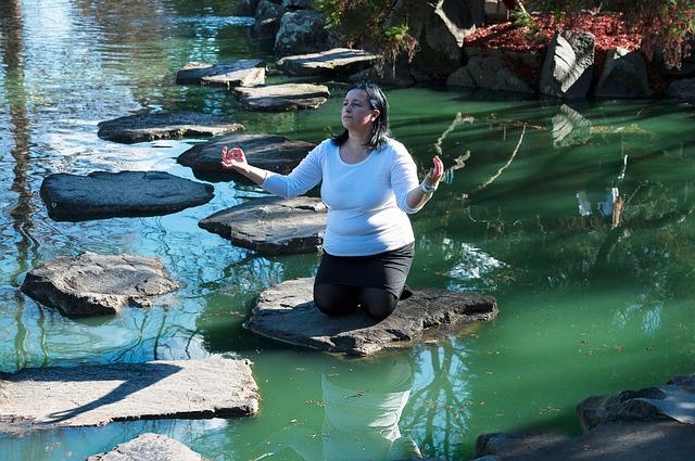 meditace na řece.jpg