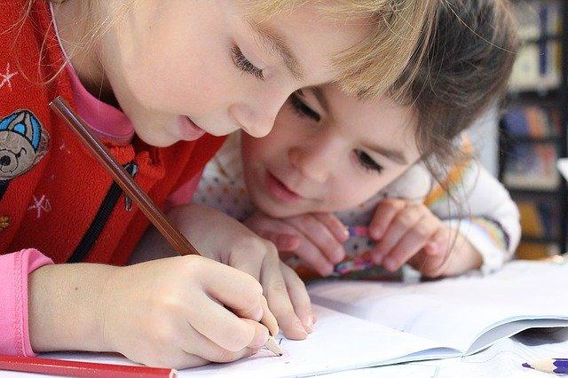 Učte děti anglicky efektivně a z pohodlí domova featured image